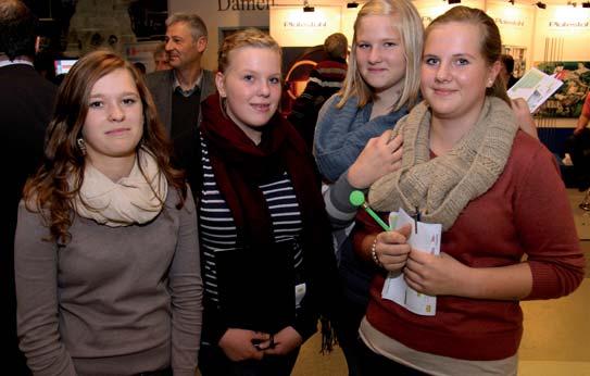 Photo of Pro-Karriere im Gespräch mit Jugendlichen auf der Werdohler Messe