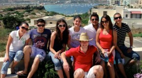 Sprachreisen: Ferienspaß und Sprachenlernen miteinander verbinden
