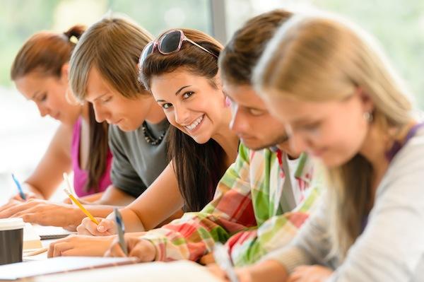 Photo of Wie wird man Student? Bewerbung, Fristen und Voraussetzungen
