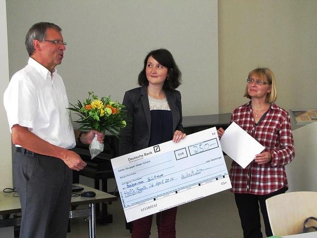 Photo of Absolventin gewinnt Studienpreis 2014