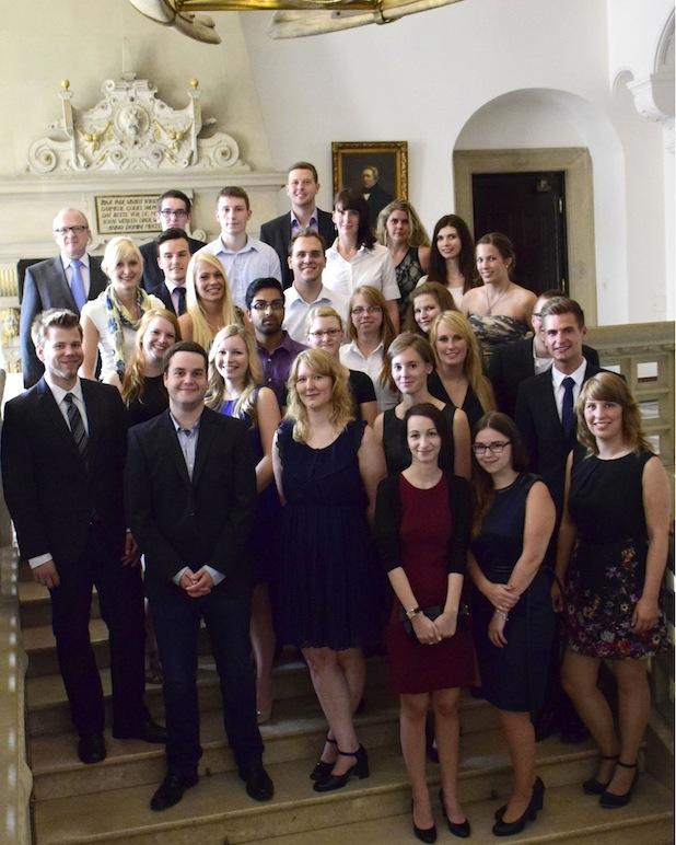 "Photo of Erster Absolventen-Jahrgang des Dualen Studiengangs Public Administration erhielt akademischen Grad ""Bachelor of Arts"""