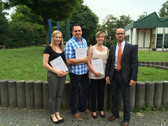 Photo of Azubis feiern bei der BINDER GmbH ihren erfolgreichen Abschluss
