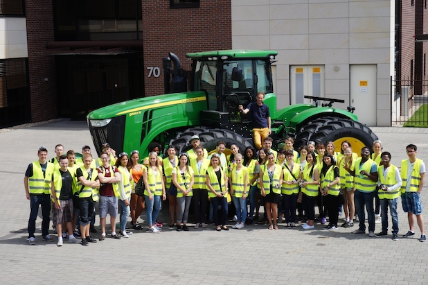 Photo of Exkursionen des Bachelor und Master Studiengangs Internationale Betriebswirtschaft und Außenwirtschaft (IBA) der Hochschule Worms