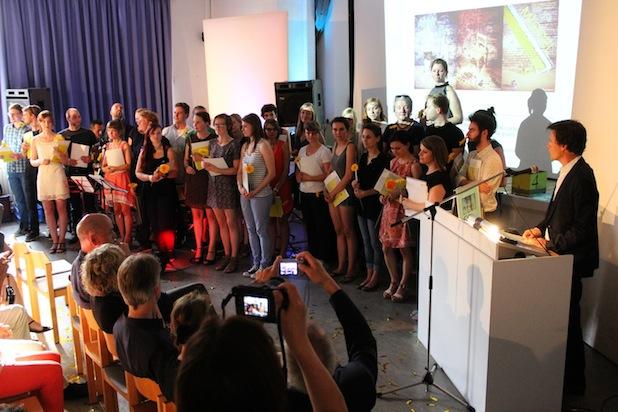 """Photo of """"Auf geht's"""": Studierende und Gebäude verabschiedet"""