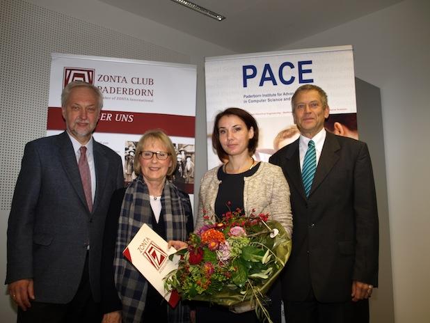 Photo of ZONTA-Club Paderborn zeichnet Wissenschaftlerin der Universität Paderborn aus