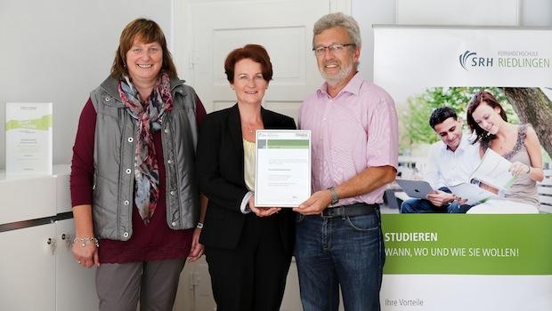Photo of SRH FernHochschule Riedlingen gewinnt neue Sponsoren für das Deutschlandstipendium und fördert weitere 14 Studierende