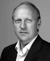 """Photo of Antrittsvorlesung von Prof. Dr.-Ing. habil. Walter Sextro am 2. Oktober beim """"Forum Maschinenbau Universität Paderborn"""""""