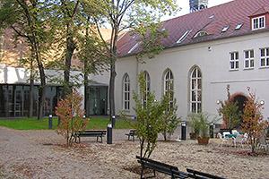 Photo of WHZ vergibt 45 Deutschland-Stipendien
