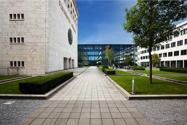 Photo of Neue Hochschule der Bayerischen Wirtschaft für angewandte Wissenschaften in München eröffnet