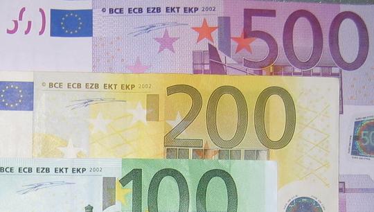 Photo of Azubis haben erneut deutlich mehr im Portemonnaie