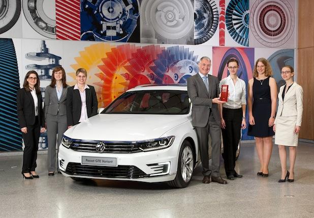 """Photo of Ingenieurin der OTH Regensburg ist Finalistin beim """"Woman DrivING Award"""" von VW geworden"""