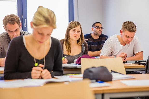 Photo of Praxisbezogene Ausbildung: Anhaltender Boom bei dualen Studiengängen