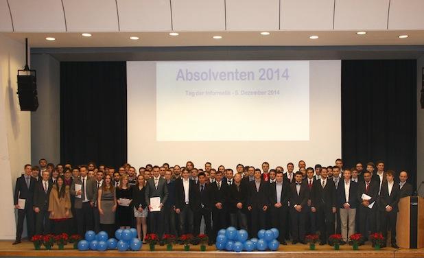 Photo of Informatik-Absolventinnen und Absolventen der RWTH verabschiedet