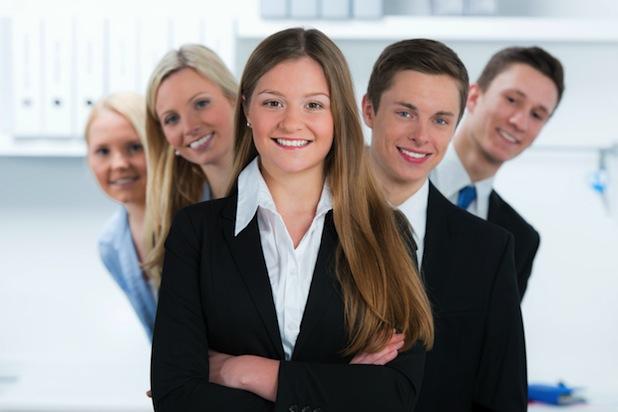 Photo of Mehr als ein Drittel aller neuen Ausbildungsverträge in nur zehn Berufen