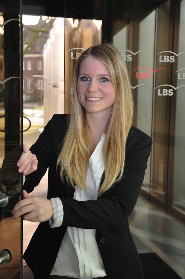 Photo of Höchster Bildungspreis für Auszubildende der LBS West