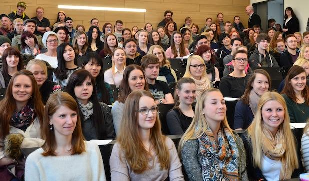 Fotos: Hochschule für angewandte Wissenschaft und Kunst