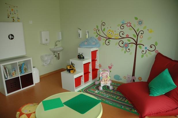 Photo of Hochschule Worms erweitert ihr familiengerechtes Angebot durch ein Eltern-Kind-Zimmer