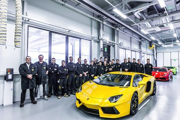 Photo of Duale Ausbildung in Italien: Erfolgreicher Auftakt für Sozialprojekt der Audi-Töchter