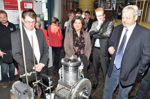 Photo of Mitglieder des Landtages besuchten die Fachhochschule in Lübeck