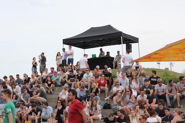 Photo of Und das Wetter hält: AStA-Sommerfest der Vielfalt dem Campus der Hochschule Ludwigshafen