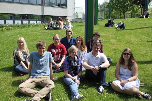 Photo of Universität Paderborn: SommerCamp Physik verbindet Berufsberatung und Probe-Studium – Anmeldeschluss am 26. Mai