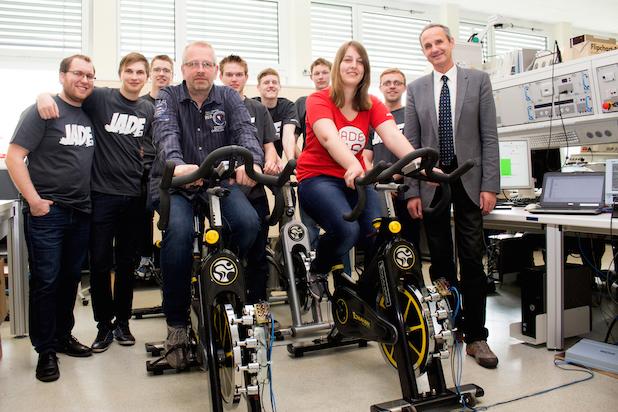 Photo of Studierende des Studienganges Elektrotechnik liefern Power für Weltrekordversuch
