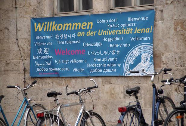 Photo of Friedrich-Schiller-Universität Jena in bundesweites Beratungsnetzwerk für ausländische Studierende aufgenommen