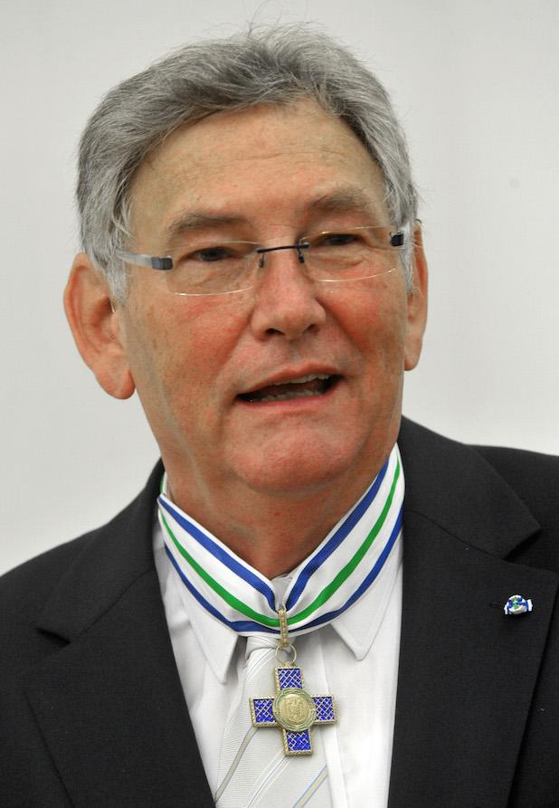 Photo of Rumänische Universität Iasi zeichnet Prof. Dr. Wolfgang Dahmen von der Universität Jena aus