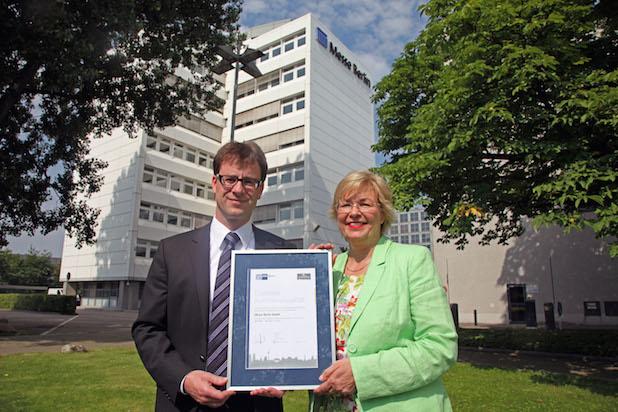 Photo of Messe Berlin erhält IHK-Siegel als exzellenter Ausbildungsbetrieb