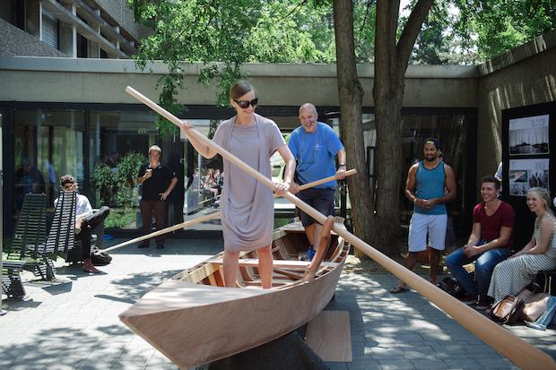 Photo of Ein Ruderboot nach venezianischem Vorbild Architekturstudierende bauen den cologne s'ciopon