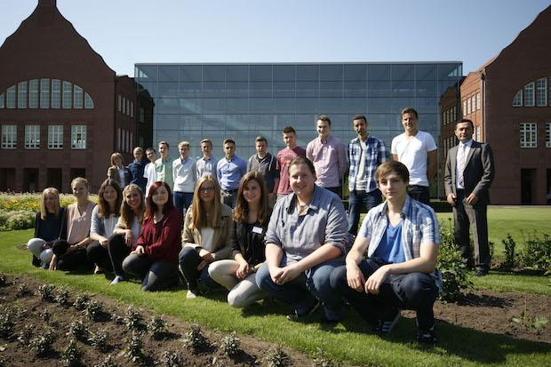 Photo of 20 neue Auszubildende bei Dr. Oetker