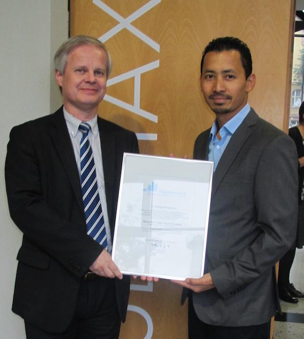 Photo of Architekt Rajiv Singh Irungbam mit Absolventenpreis des Fördervereins ausgezeichnet