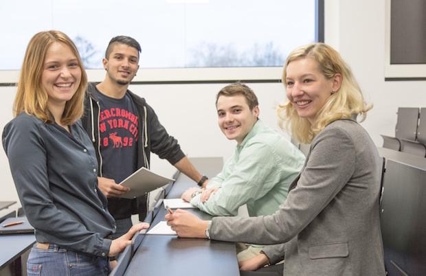 Photo of Jetzt die letzten Plätze im berufsbegleitenden Bachelorstudium sichern