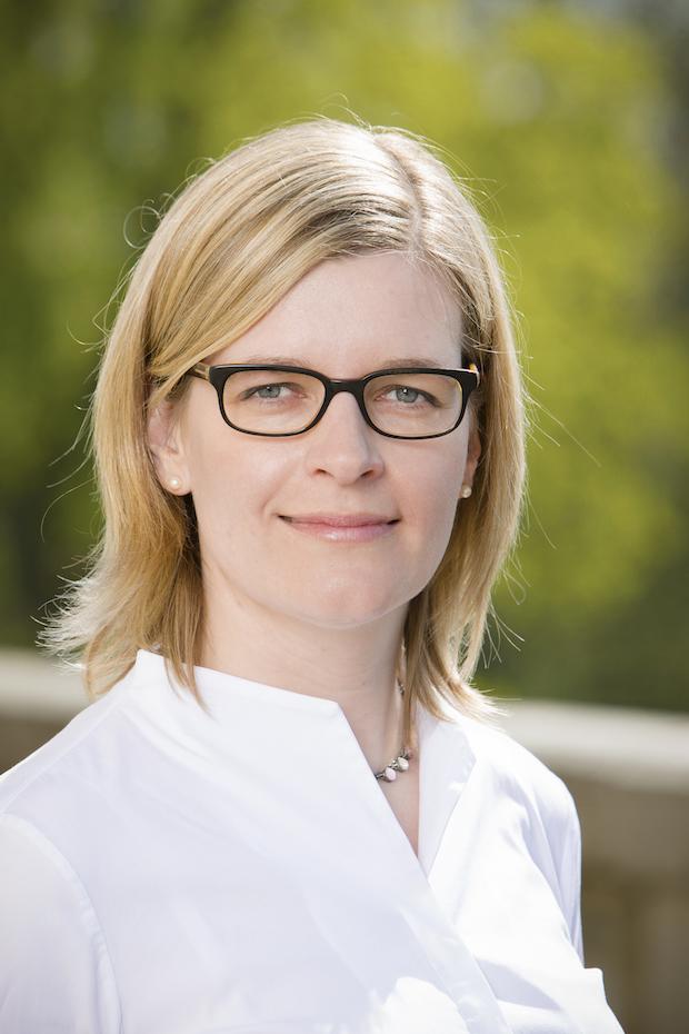 Photo of Dr. Katrin Scheffer wird neue Kanzlerin der Universität Hohenheim