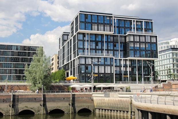 Photo of Hochschulstipendium für Flüchtlinge Bewerbungsphase an der MSH Medical School Hamburg startet