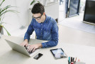 Fernstudienanbieter weiten Angebot an Online-Lehre aus