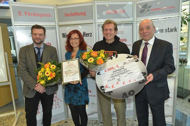Photo of Prof. Dr. Trabert von der Hochschule RheinMain erhält Förderpreis der Lotto Rheinland-Pfalz Stiftung