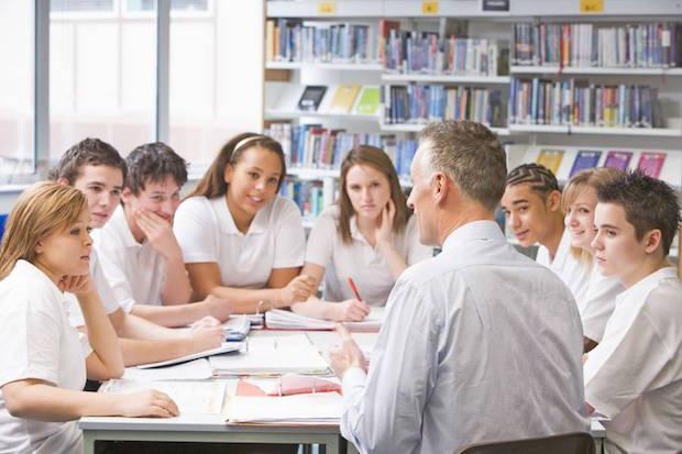 Photo of Grundlagen in Sachen Finanzwissen sollten schon in der Schule gelegt werden