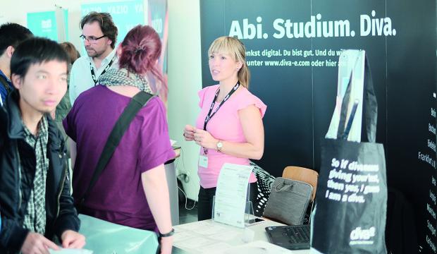 Photo of Große Nachfrage nach Studierenden der Angewandten Informatik in Erfurt