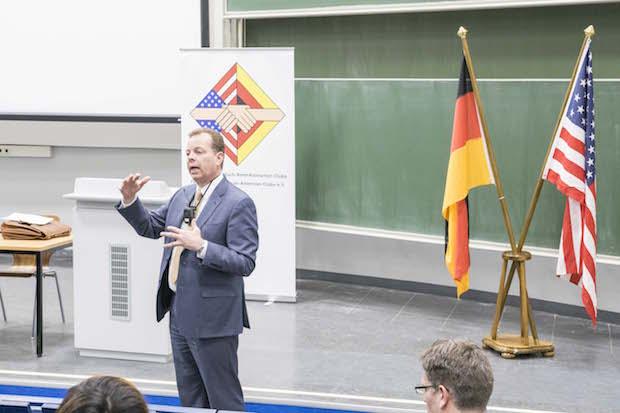 Photo of Den US-Wahlkampf nach Siegen gebracht