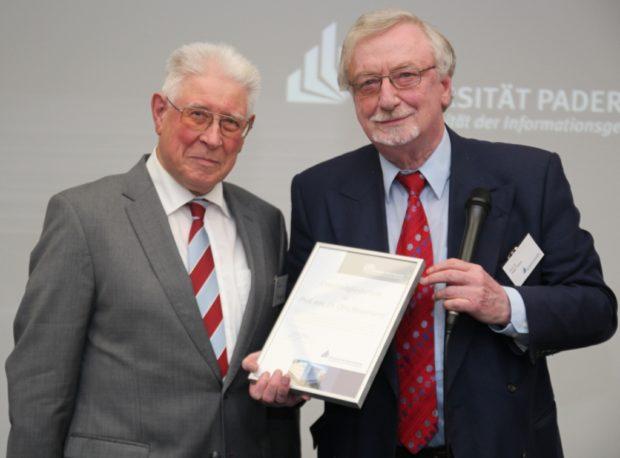 Photo of Jahrelanges Engagement: Alumni Paderborn verleiht Ehrenmitgliedschaft an Prof. em. Dr. Otto Rosenberg