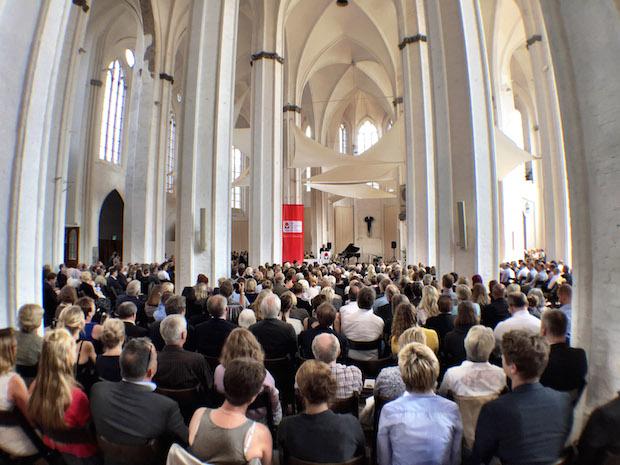 Photo of FH Lübeck verabschiedet rund 330 Absolventinnen und Absolventen