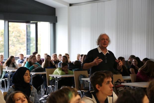 Photo of Informatik – ein Studium für mich? Fachbereich Informatik informiert im Rahmen des Bewerbercamp der Pfrimmtal Realschule Plus