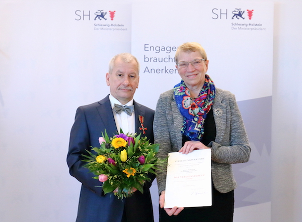 Photo of Verdienstkreuze für Professoren der FH Lübeck