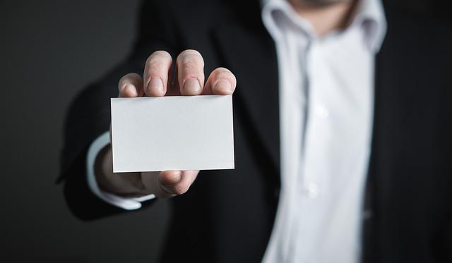 Photo of Visitenkarten gehören zur Geschäftsausstattung des Unternehmens