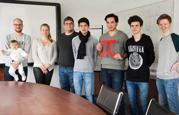 Photo of Bremer Gymnasiasten bringen Maschinen das Lernen bei