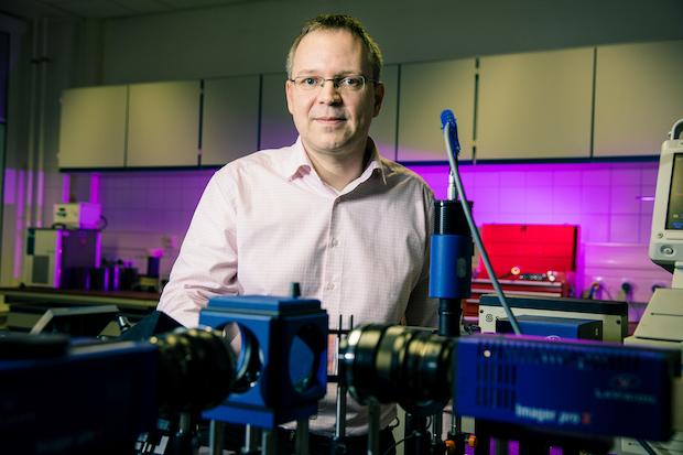 Photo of Leuchtende Mikropartikel unter Extrembedingungen