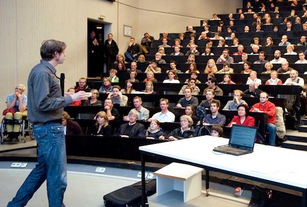 Photo of Seniorenstudium der RWTH Aachen startet wieder im April