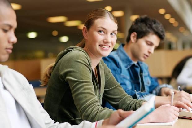 Photo of Studienanfänger sollten ein Update der wichtigsten Versicherungen vornehmen
